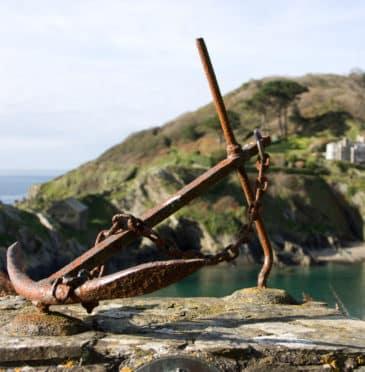 Holiday Challenge: Cornwall's Rugged Coastal Walk from Polperro