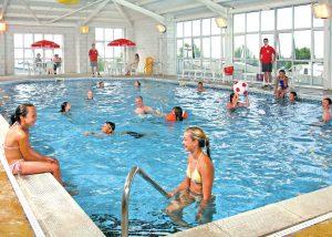 tencreek-swimming-pool-holidays