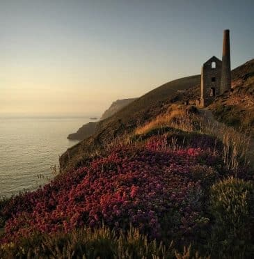 Best books to read that will inspire a holiday to Cornwall