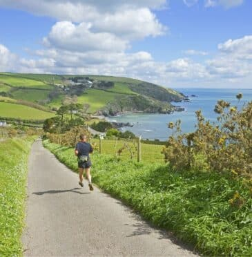 The best running locations in Looe